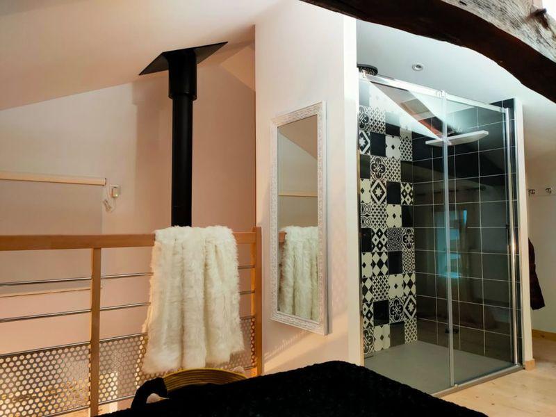 salle de bain douche XL lumière changeante
